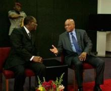 Zuma assailli par une foule en colère en Côte d'Ivoire